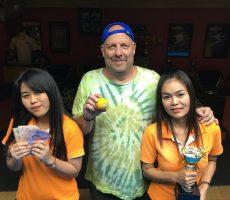 Mega 8 Ball : Jeff Wins